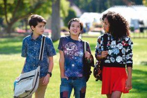 Disney Channel  terá personagem  gay em série Teen
